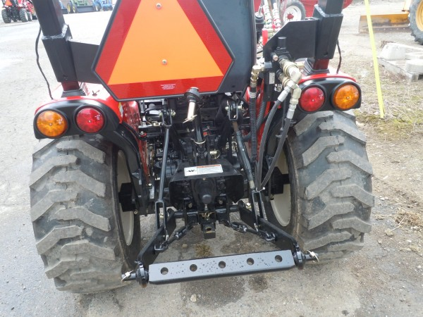 Grapple bucket for a Branson 2400h Tractor - Hodges Farm